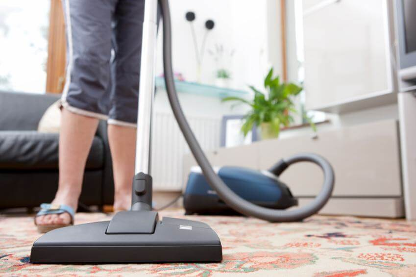 How to Vacuum Your Carpet the Right Way
