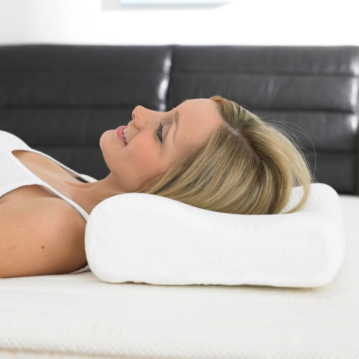 Best Pillow For Neck Pain Ultimate Guide The Gander Nyc