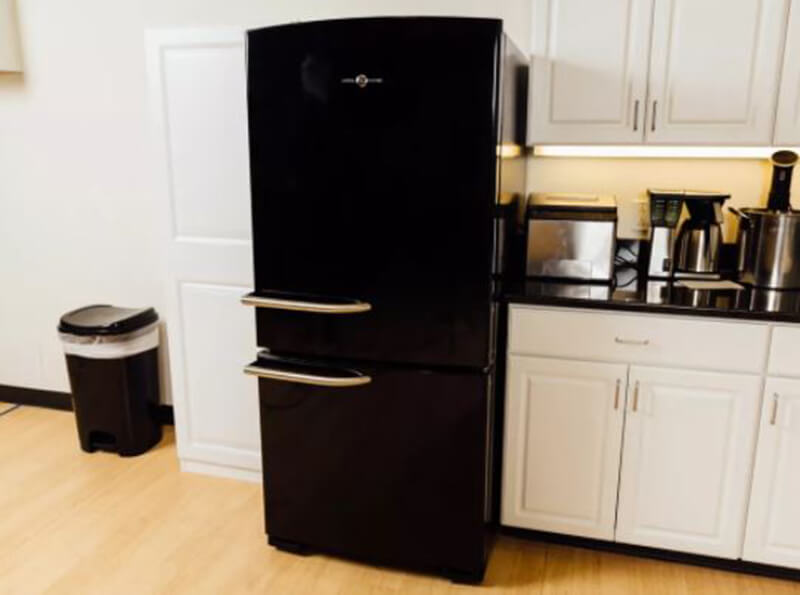 Top 6 Best Refrigerators under $2000
